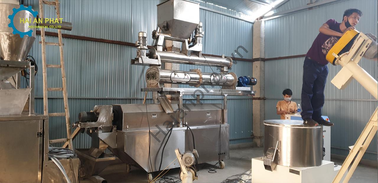 Dây chuyền sản xuất cám Tôm Quảng Nam